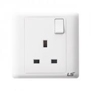 LS V5 1 gang single pole socket 13a