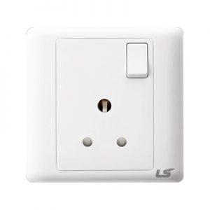LS V5 1 gang single pole 3 round pin 15a socket